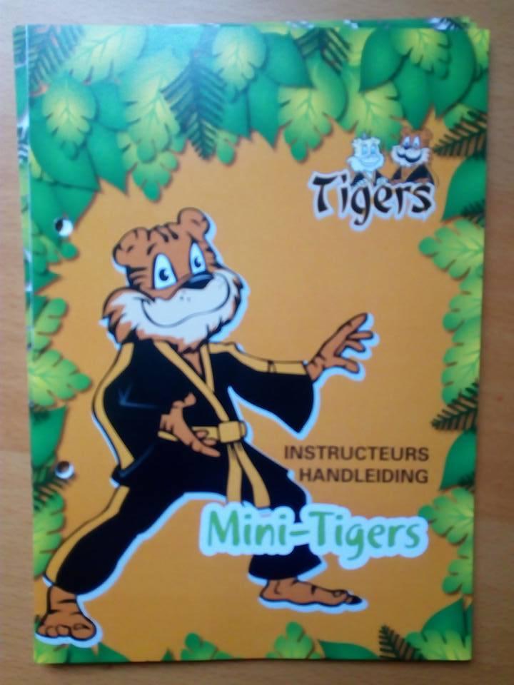 Mini Tigers manual uitgebracht